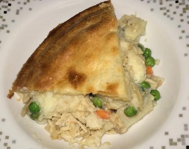 chicken-pot-pie-sliced