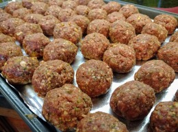 Meatballs on a rack